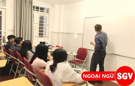 SGV, SGV Lái Thiêu, tuyển giáo viên người Pháp, Nga, Đức